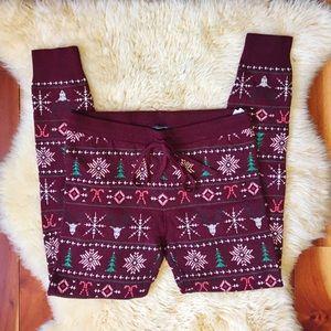 American Eagle Christmas Patterned Leggings